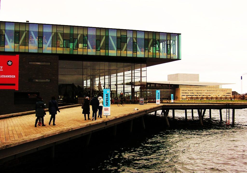 Openhagen: Skuespilhuset & Operaen Schauspielhaus & Oper Playhouse & Operahouse