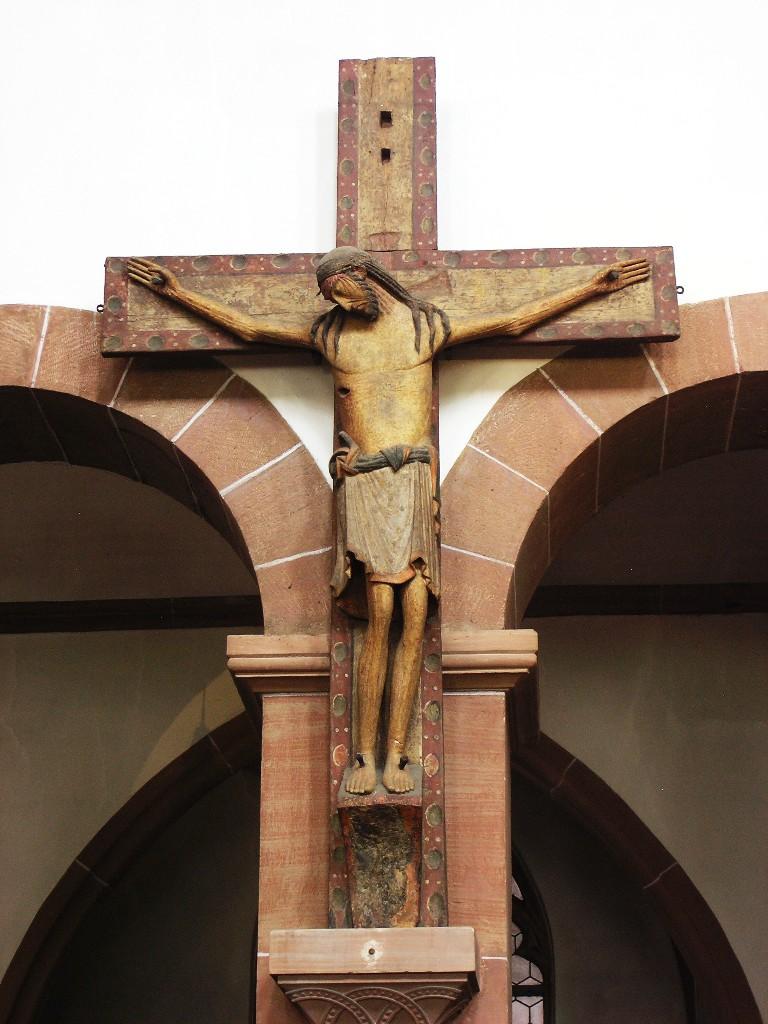 Aschaffenburg: Stiftskirche.  Triumphkreuz, ca. 980