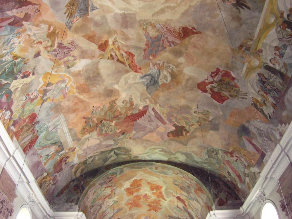 Aschaffenburg: Pfarrkirche Unser Lieben Frau.  Deckengemälde / Painted ceiling
