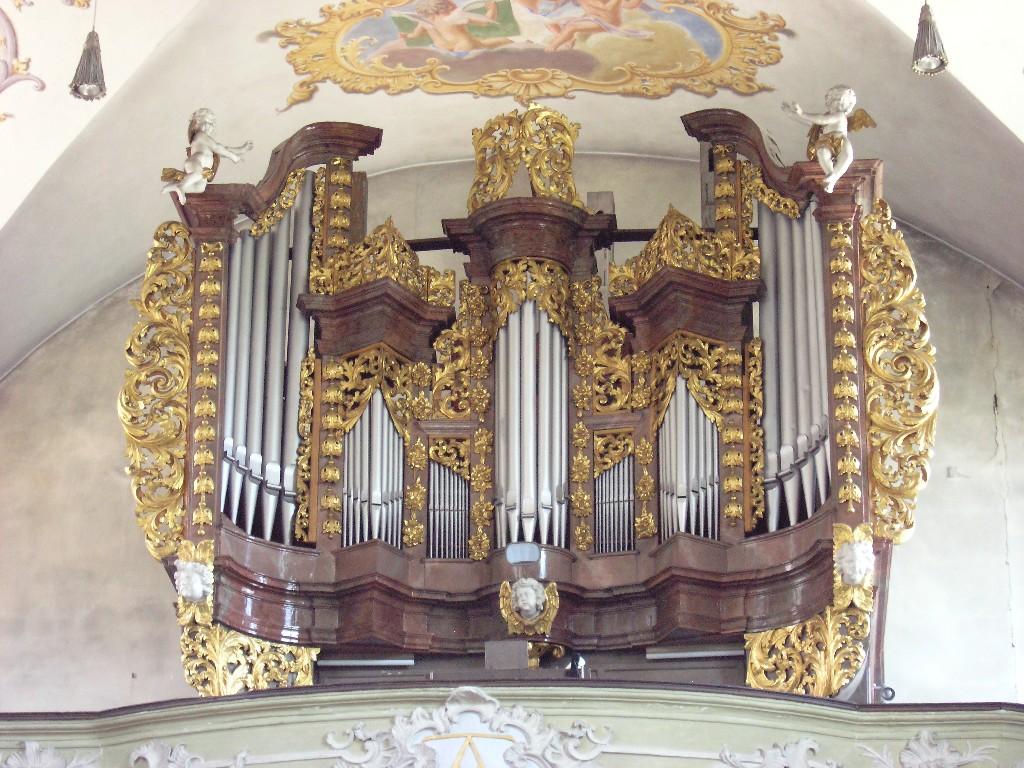 Aschaffenburg: Sandkirche.  Orgelprospekt / Organ case (1714)